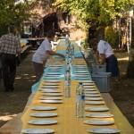 Les tables sont dressées © Tekoaphotos