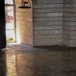 19 - La lumière et la lampe - Temple Yézidis Lalesh - photo - papier imprimée - 30x45 Est. 300 $