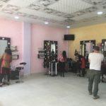 Salon de coiffure et maquillage